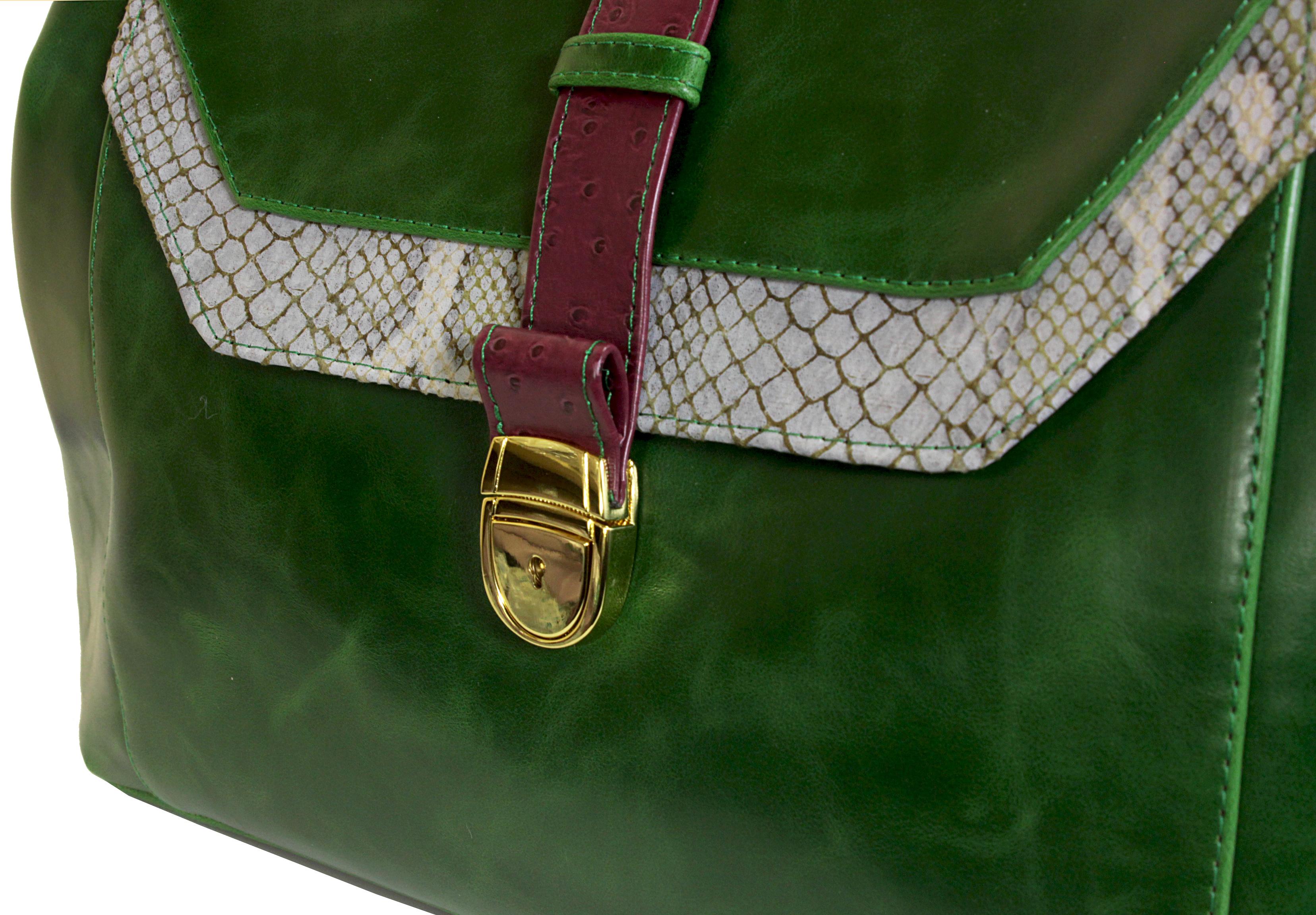 Atypická zelená kabelka 11-20287-green - detail zapínání